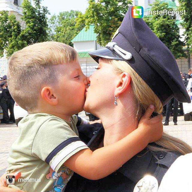 фото где лезби целуются