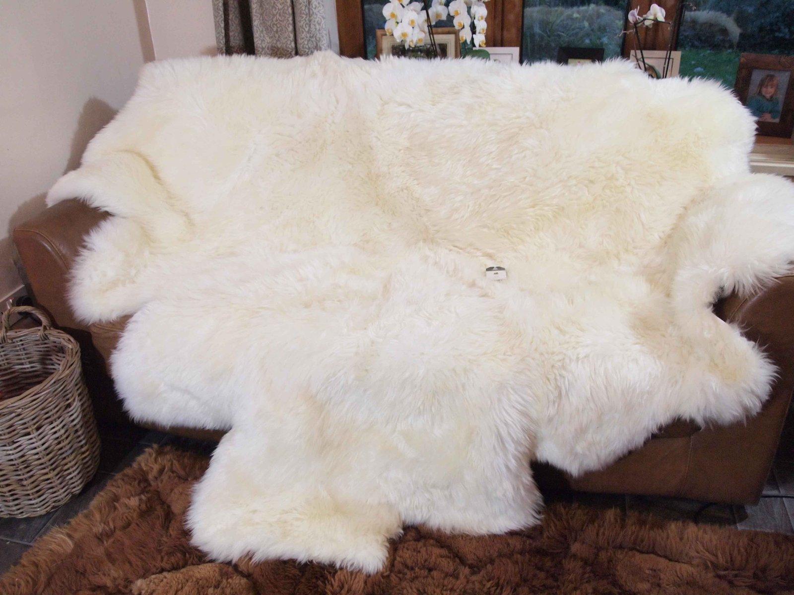 православным накидка из овчины на диван фото устают впечатлений, выхватывают