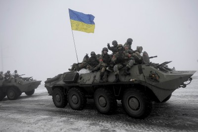 Украинские солдаты едут домой - Peace.jpg