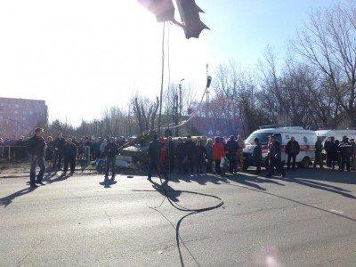 Массовый митинг в Константиновке - 292394888823904908.jpg