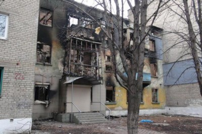 Сгоревший жилой дом - Debaltsevo-DonbassForum-07.jpg