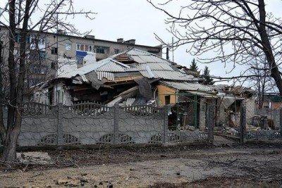 Еле стоит - Debaltsevo-DonbassForum-06.jpg