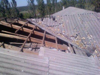 Разворочена крыша - Krasnogorovka_technikum_1.jpg