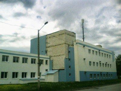 21 миллион вбухало государство в создание этой фабрики. Но ни «Шахтарочки», ни обещанных 700 рабочих мест пока нет  - Shahtersk-Factory.jpg