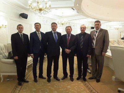 Представители контактной группы - Mynsk_peregovory_17-11-2015.jpg