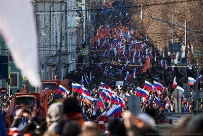 Людей собралось очень много - Nemtsov_08.jpg