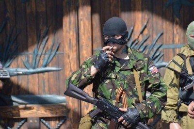 Сепаратисты в Донецке - Сепаратисты.jpg