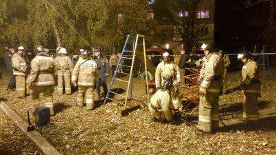 МЧС уже работает - Makeevka-obstrel-27.10.2016-10.jpg