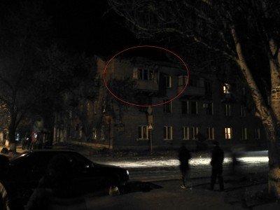 Попадание в балкон в сталинку - Makeevka-obstrel-27.10.2016-13.jpg