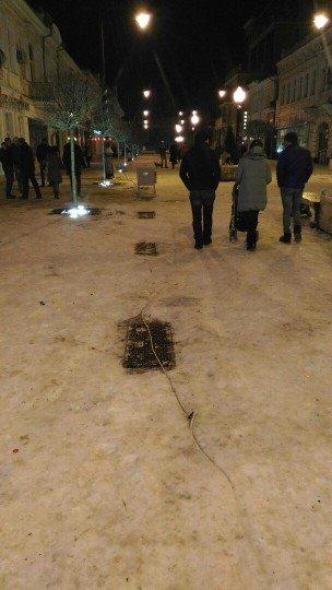 Это типа уличное освещение? - Simferopol-tsentr-goroda- (3).jpg