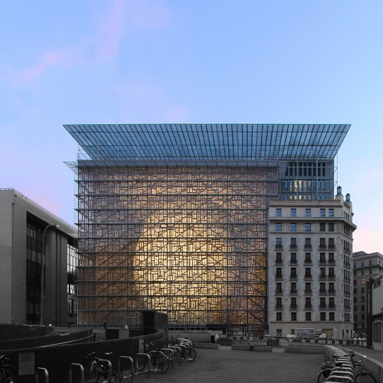 Здание Европарламента - european-union-building.jpg