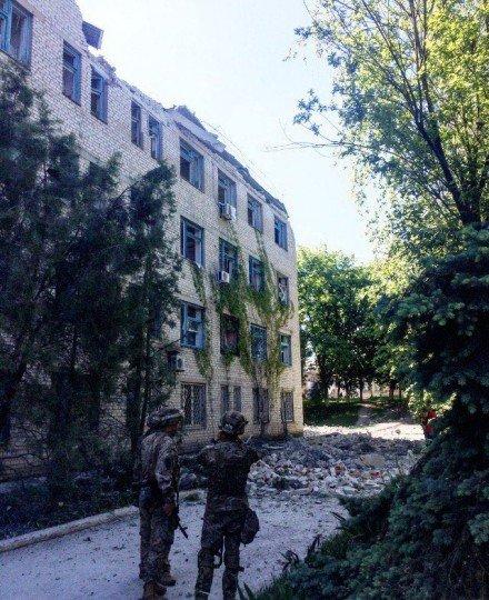 Обстановка в городе Красногоровка, перекличка и обсуждение важных событий - obstrel-Krasnogorovka (4).jpg