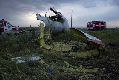 Обломки Боинга-777, упавшего под Грабово - Boeing-777-Grabovo-01.jpg