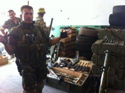 Солдаты нацгвардии говорят террористам Спасибо за оставленные боеприпасы - 293485.jpg