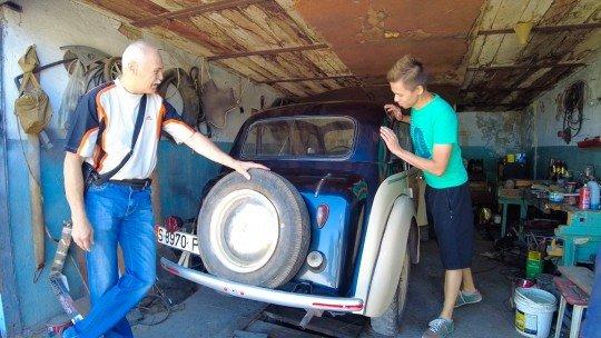 Пенсионер собрал в гараже Москвич 1951 года. - 01.jpg
